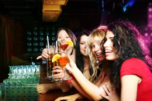 Does Alcohol Affect Women Differently?