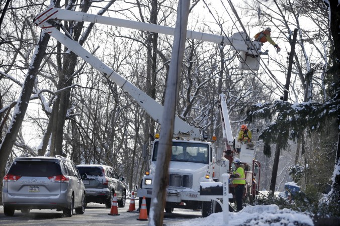 Safety Tips For Storms and Outages