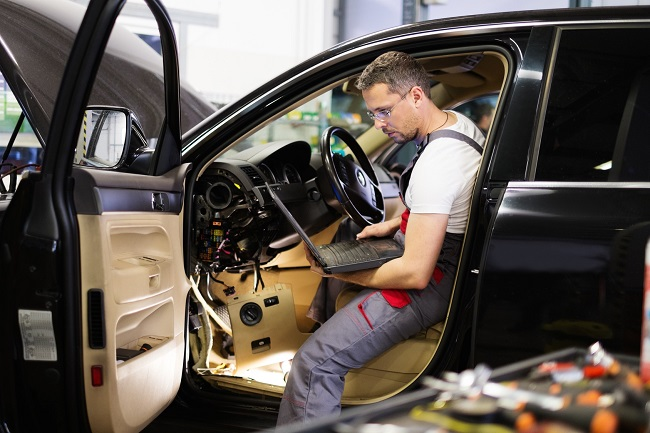 Get Your Audi Car Serviced With Best Service Center