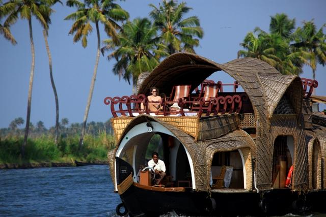 Things That Make Honeymoon Packages In Kerala So Special