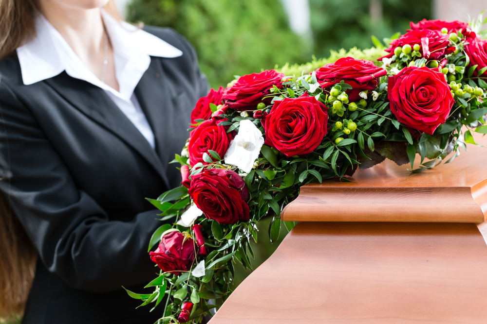 Bid Final Goodbye To Your loved Ones Using Touching Funeral Arrangements