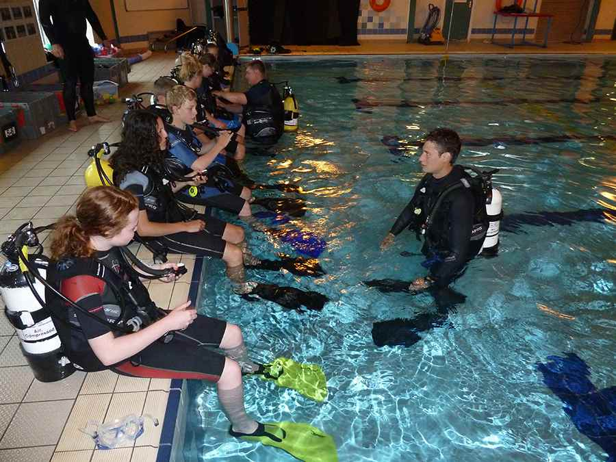 Usefulness Related To PADI Divemaster Training Course- A Full Detail